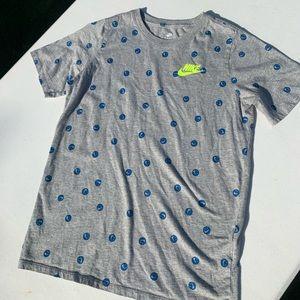 Nike smiley t-shirt